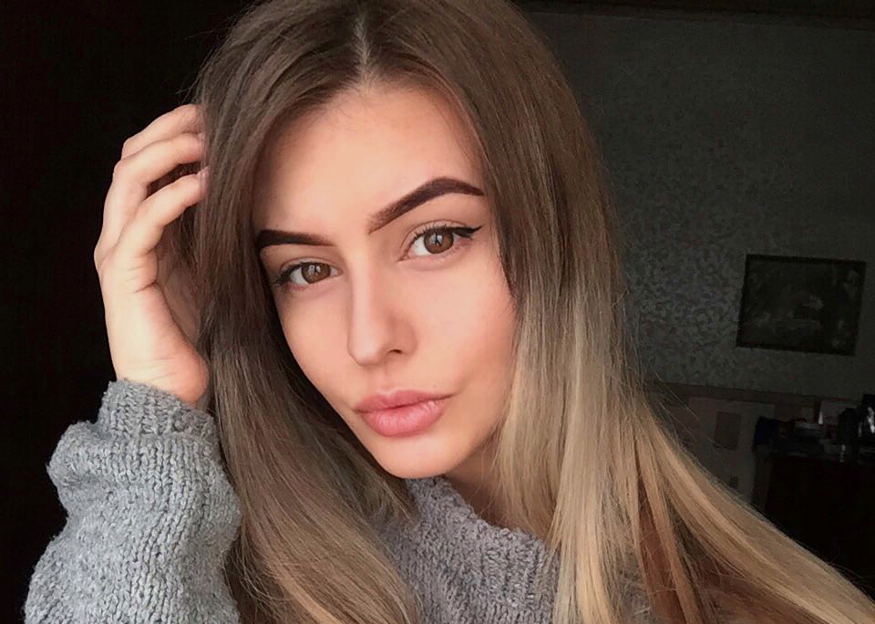date russian beauty